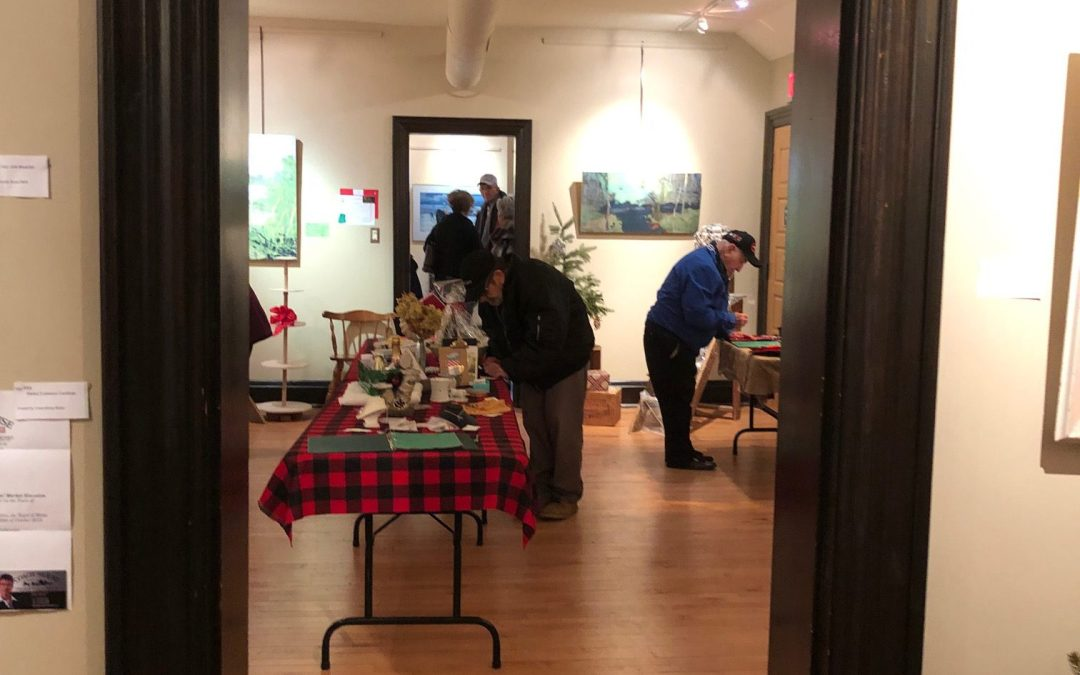 Christmas Show and Silent Auction 2018